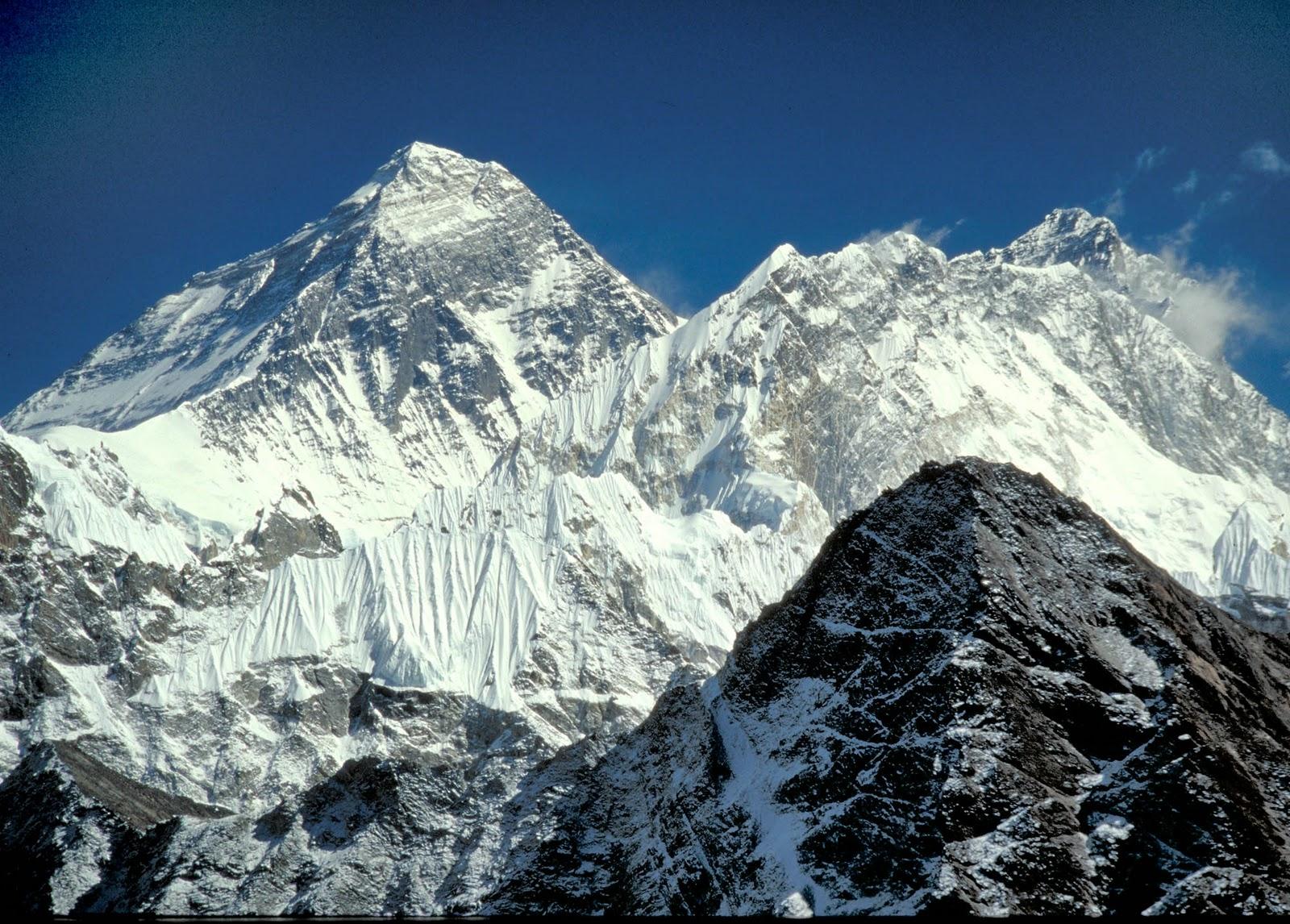 صعود به قله اورست با اینستاگرام !